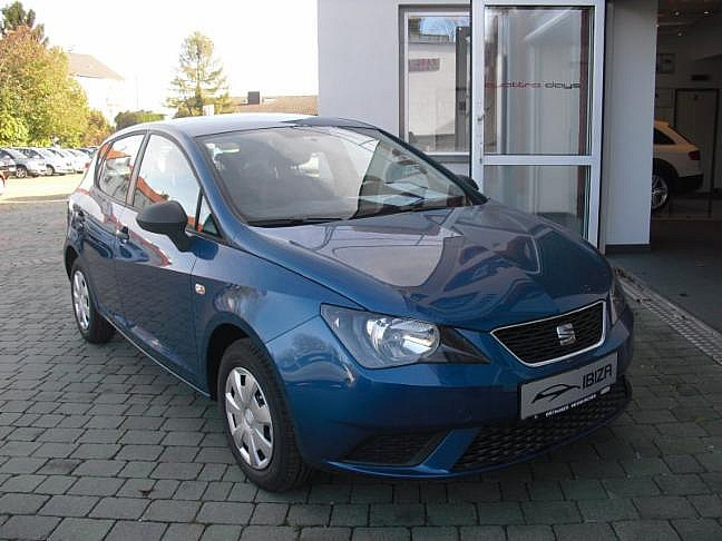 seat ibiza chili 1 2 apollo blau metallic im auto. Black Bedroom Furniture Sets. Home Design Ideas